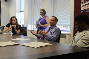 Virginian-Pilot Editor Mr. Gunn addressing students. Photo by Brandon Gaddy.